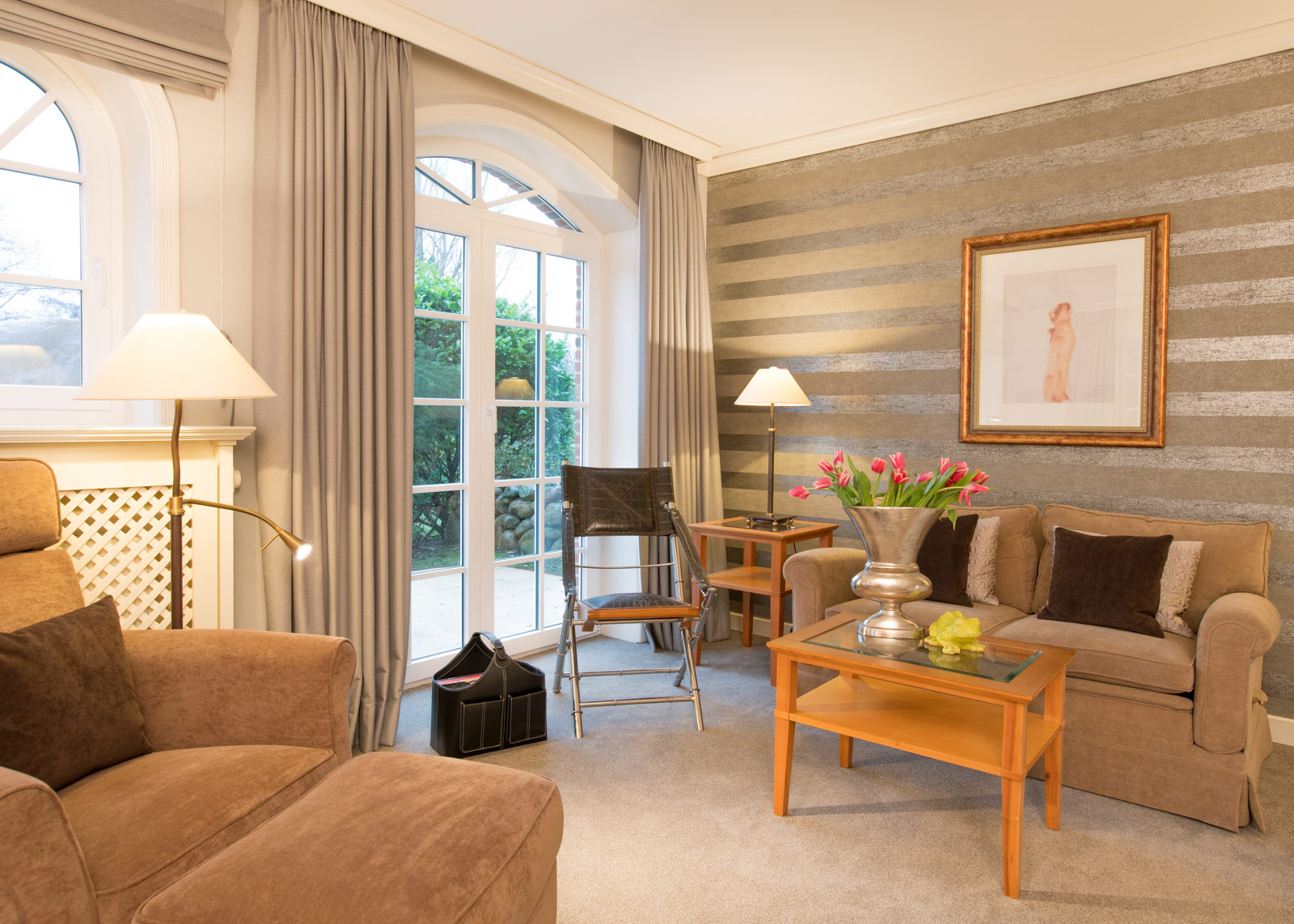 landhaus stricker sylt veltins. Black Bedroom Furniture Sets. Home Design Ideas